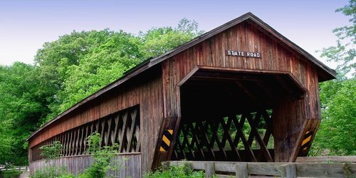 rsz_hearthsidegrove_lake_erie_motorcoachresort-ashtabulacountystate_rd_coveredbridge