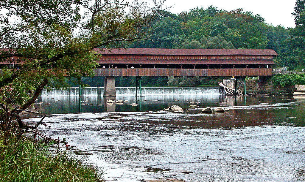 rsz_ohios_longest_covered_bridge_222808787-min
