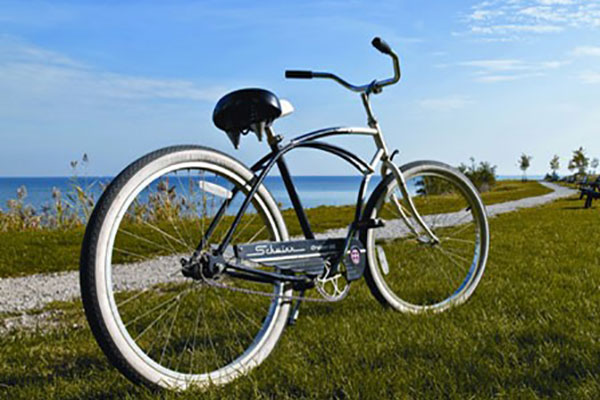 Hearthside Grove Lake Erie - Rentals - Bike on a Trail