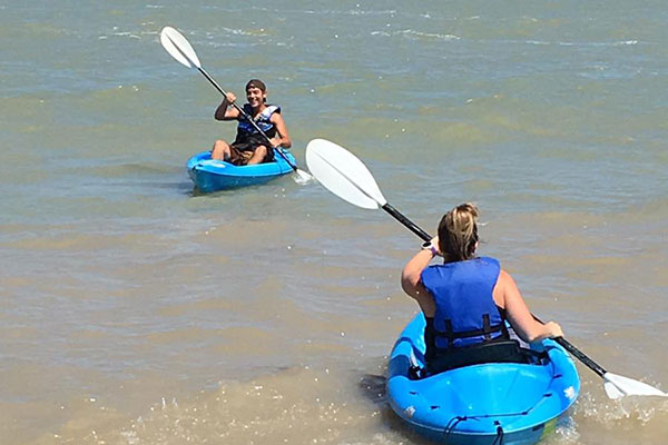 Hearthside Grove Lake Erie - Rentals - Kayaking on Lake Erie